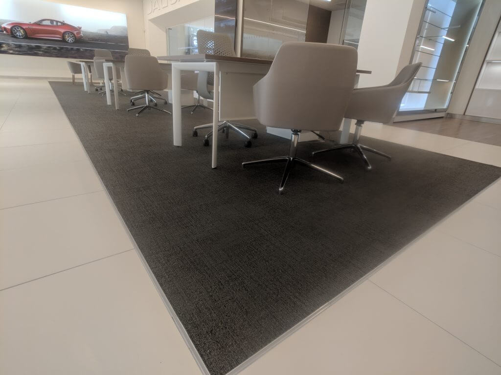 fitted rug arnold clark