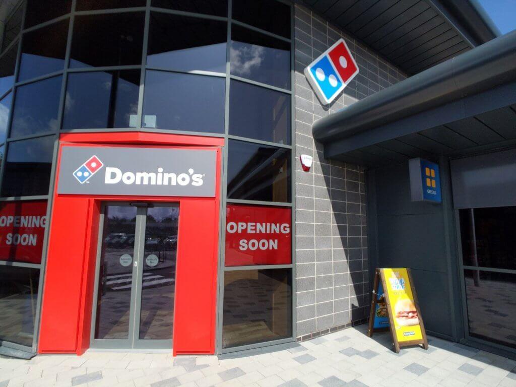 dominoes restaurant dundee