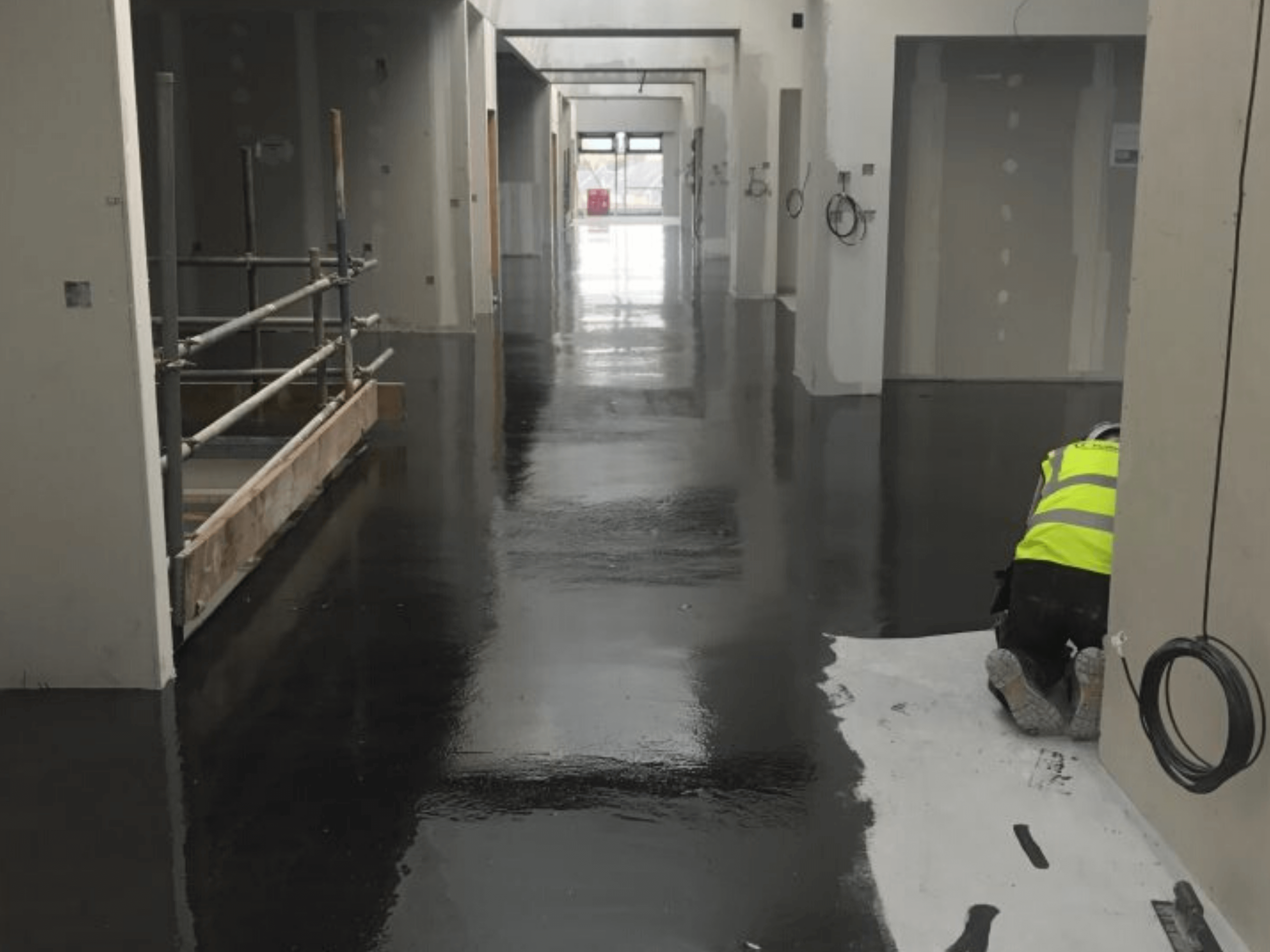 commercial screeding